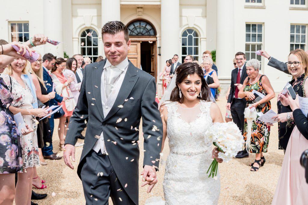 confetti-wedding-essex-hylands-house