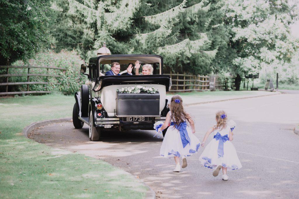 just-married-wedding-car