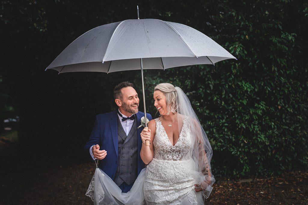 rain-wedding-photo-essex-wedding