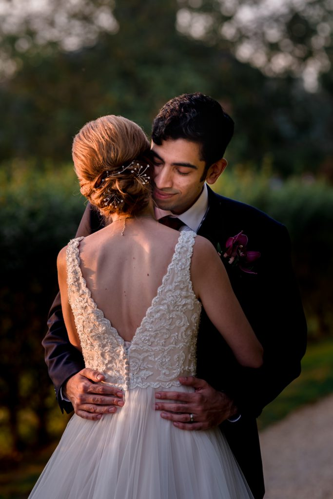 romantic-essex-wedding-apton-hall